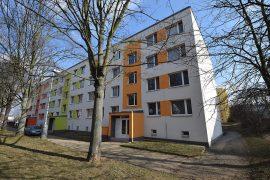 Prodej bytu 2+kk se sklepní kójí v původním stavu, Beroun – Košťálkova