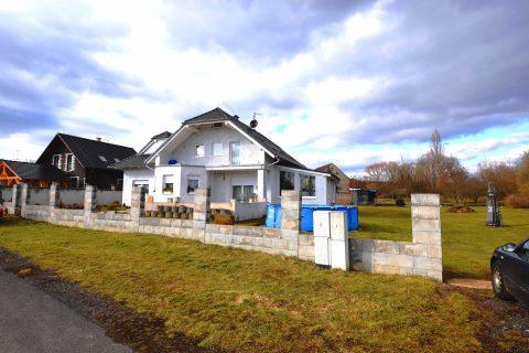 Prodej velmi prostorného RD 6+1/260 m2 se zimní zahradou a velkým pozemkem – obec Kšice, okr. Tachov